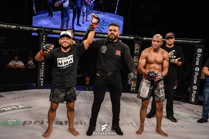Babuíno venceu por decisão unânime (Marcos Santos)